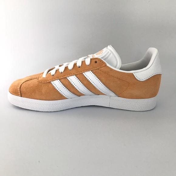 Adidas Gazelle shoes sneakers orange white
